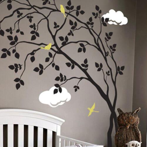 Adesivo de parede árvore e ursinho dormindo na nuvem