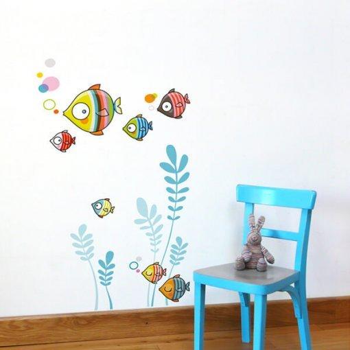 Adesivo de parede infantil peixes coloridos