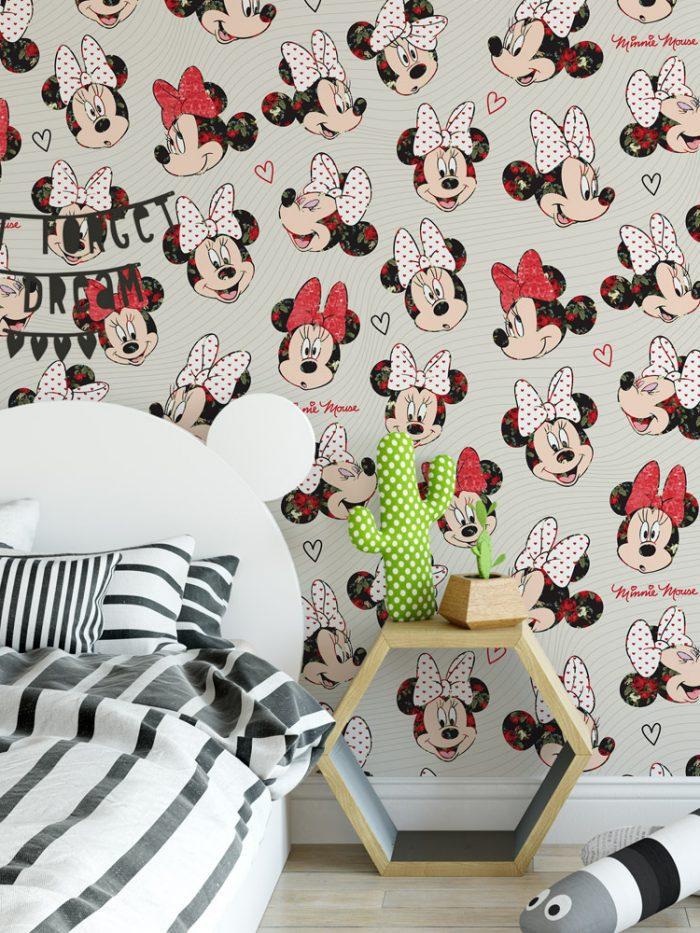 Papel de parede da Minnie no quarto